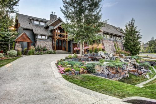 Landscapes-driveway-40-Wentwillow-lane-SW-west-springs-real-estate-for-sale-plintz-Realtor-calgary-sothebys-Luxury
