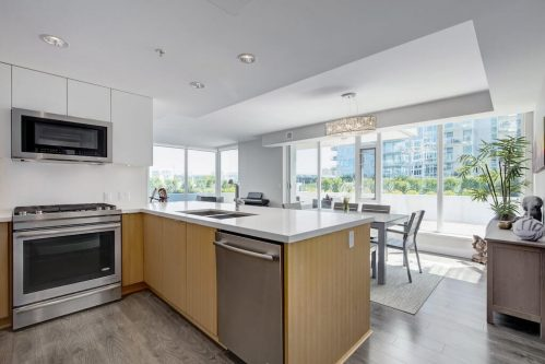 Granite-kitchen-evolution-Realtor-210-510-6-Avenue-SE-east-village-calgary-real-estate-for-sale-condo-plintz-sothebys
