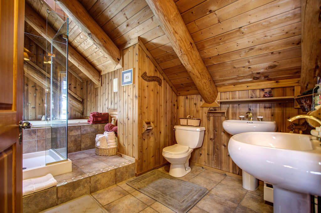 bathroom-352248-Pine-Ridge-Road-Bragg-Creek-Ranch-Acreage-For-Sale-Calgary-Real-Estate-For-Sale-taylor-sothebys-Realtor-Plintz