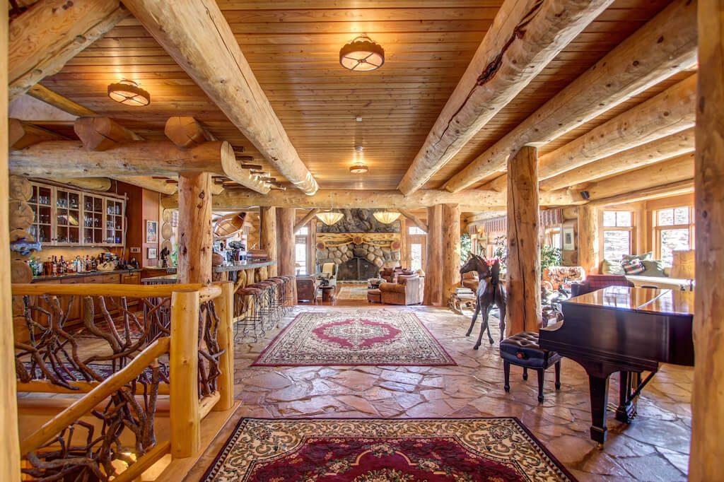 Living-room-mansion-352248-Pine-Ridge-Road-Bragg-Creek-Ranch-Acreage-For-Sale-Calgary-Real-Estate-For-Sale-taylor-sothebys-Realtor-Plintz