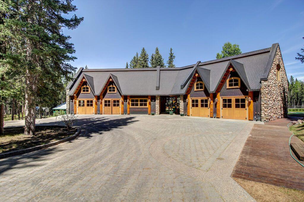 Quad-garage-realtor-352248-Pine-Ridge-Road-Bragg-Creek-Ranch-Acreage-For-Sale-Calgary-Real-Estate-For-Sale-taylor-sothebys-pond