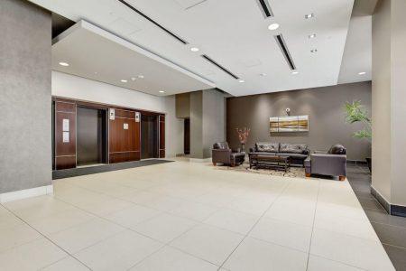 foyer-2402-225-11-Avenue-SE-Keynote-Condo-Victoria-Park-Beltline-Calgary-Real-Estate-Plintz-Realtor-Luxury