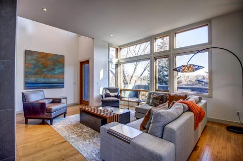 living-room-windows-904-31-Avenue-NW-cambrian-heights-mount-pleasant-calgary-real-estate-for-sale-plintz