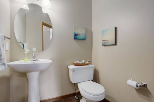 powder-room-303-Valley-Crest-Court-NW-Valley-Ridge-Plintz-Real-Estate-For-Sale-Calgary-Alberta