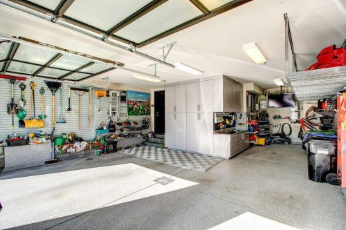 triple-garage-2605-Erlton-Street-SW-Calgary-Real-Estate-Homes-For-Sale-Realtor-Plintz-Luxury-Custom