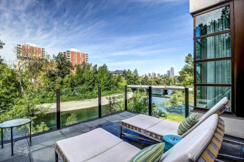 deck-balcony-elbow-river-city-skyline-view-2605-Erlton-Street-SW-Calgary-Real-Estate-Homes-For-Sale-Realtor-Plintz-Luxury-Custom
