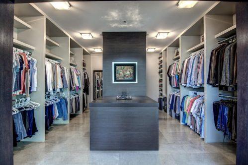 walk-in-massive-closet-2605-Erlton-Street-SW-Calgary-Real-Estate-Homes-For-Sale-Realtor-Plintz-Luxury-Custom