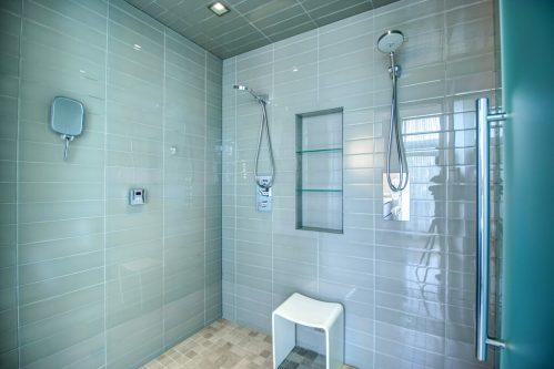 tile-steamshower-2605-Erlton-Street-SW-Calgary-Real-Estate-Homes-For-Sale-Realtor-Plintz-Luxury-Custom