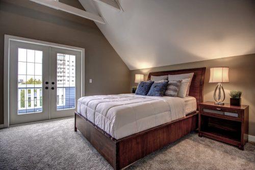 413-15-Street-NW-Hillhurst-Real-Estate-master-bedroom-plintz