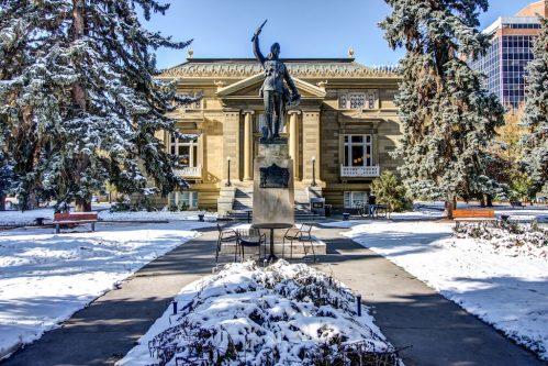 central-memorial-park-library-calgary-downtown-belitline-victoria-park