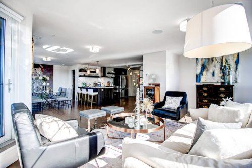 dezin-staging-living-room-luxury-13-Avenue-SW-park-calgary-beltline-condo-real-estate-for-sale-plintz