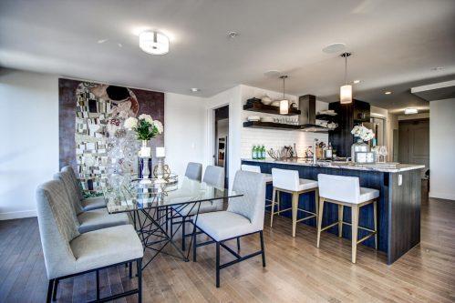 dining-kitchen-breakfast-bar-13-Avenue-SW-park-calgary-beltline-condo-real-estate-for-sale-plintz