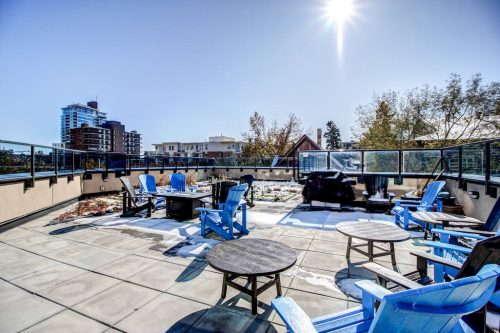 common-shared-patio-13-Avenue-SW-park-calgary-beltline-condo-real-estate-for-sale-plintz