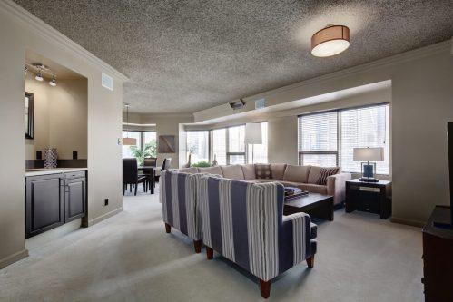 wet-bar-1230-720-13-Avenue-SW-Estate-Condo-Executive-Beltline-Connaught-Plintz-Real-Estate-For-Sale