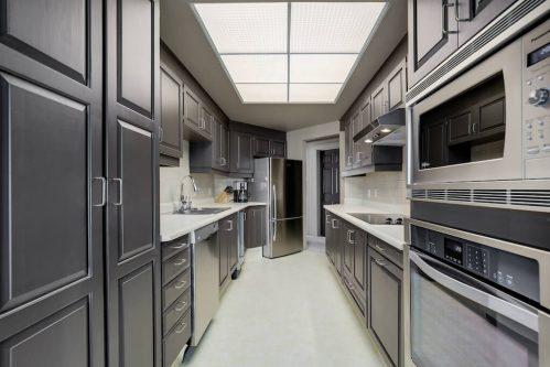 cabinets-kitchen-1230-720-13-Avenue-SW-Estate-Condo-Executive-Beltline-Connaught-Plintz-Real-Estate-For-Sale
