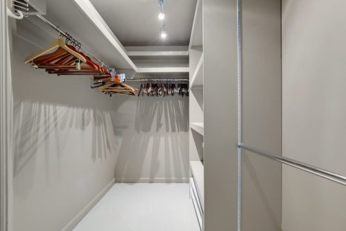 walk-in-closet-1230-720-13-Avenue-SW-Estate-Condo-Executive-Beltline-Connaught-Plintz-Real-Estate-For-Sale