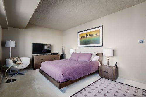 master-bedroom-1230-720-13-Avenue-SW-Estate-Condo-Executive-Beltline-Connaught-Plintz-Real-Estate-For-Sale