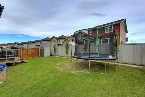 backyard-fenced-755-New-Brighton-Drive-Se-Home-House-for-sale-real-estate-calgary-plintz