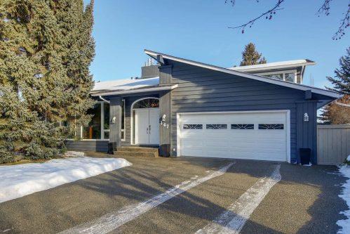 Front-exterior-147-Lake-Tahoe-Green-SE-Bonavista-Calgary-Homes-For-Sale-Plintz-Real-Estate-realtor
