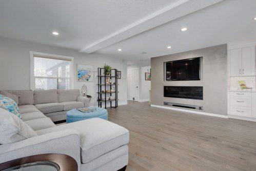 fireplace-147-Lake-Tahoe-Green-SE-Bonavista-Calgary-Homes-For-Sale-Plintz-Real-Estate-realtor