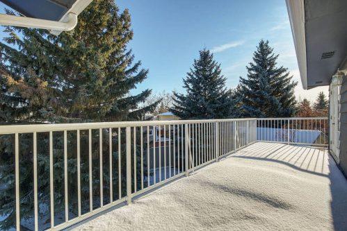 balcony-147-Lake-Tahoe-Green-SE-Bonavista-Calgary-Homes-For-Sale-Plintz-Real-Estate-realtor