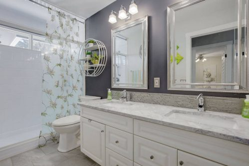 Bathroom-147-Lake-Tahoe-Green-SE-Bonavista-Calgary-Homes-For-Sale-Plintz-Real-Estate-realtor