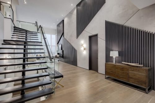 stringer-staircase-2432-Sovereign-Crescent-Sw-Scarboro-Calgary-Homes-for-sale-Plintz-real-estate-west-ridge-fine-homes