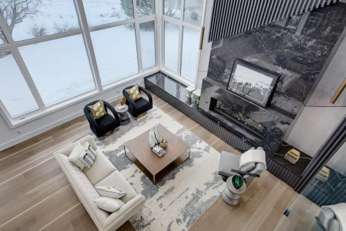 two-storey-great-room-2432-Sovereign-Crescent-Sw-Scarboro-Calgary-Homes-for-sale-Plintz-real-estate-west-ridge-fine-homes