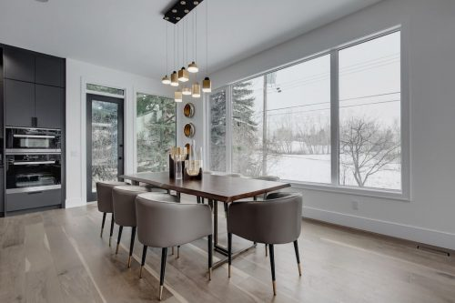 dining-room-chandelier-2432-Sovereign-Crescent-Sw-Scarboro-Calgary-Homes-for-sale-Plintz-real-estate-west-ridge-fine-homes