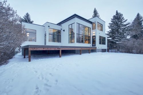 Glass-Modern-Architecture-West-coast-Style-2432-Sovereign-Crescent-Sw-Scarboro-Calgary-Homes-for-sale-Plintz-real-estate-west-ridge-fine-homes