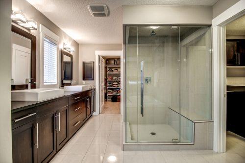 glass-shower-14-Aspen-Dale-Court-SW-Home-For-Sale-Plintz-Real-Estate-Calgary-Woods-Luxury-Alberta-Realtor