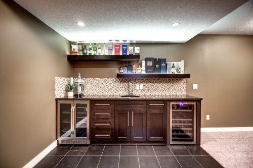 wetbar-14-Aspen-Dale-Court-SW-Home-For-Sale-Plintz-Real-Estate-Calgary-Woods-Luxury-Alberta-Realtor