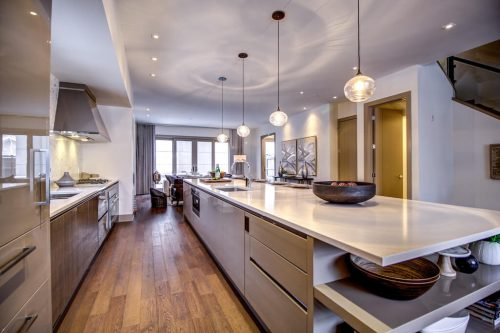kitchen-island-quartz-countertop-Valour-Circle-SW-Park-Empire-Custom-Homes-Townhome-Luxury-Plintz-Real-Estate-For-Sale-Calgary-currie-barracks