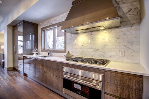 hood-fan-range-kitchen-Valour-Circle-SW-Park-Empire-Custom-Homes-Townhome-Luxury-Plintz-Real-Estate-For-Sale-Calgary-currie-barracks