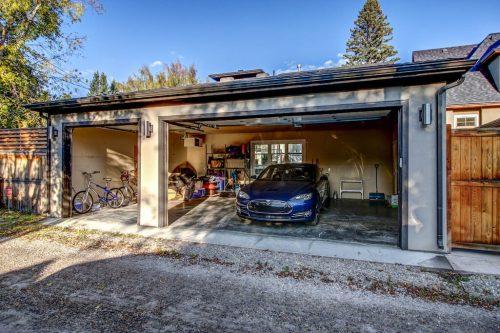 Garage-3819-12-Street-SW-Elbow-Park-Luxury-Real-Estate-Home-For-Sale-Calgary-Plintz-Realtor