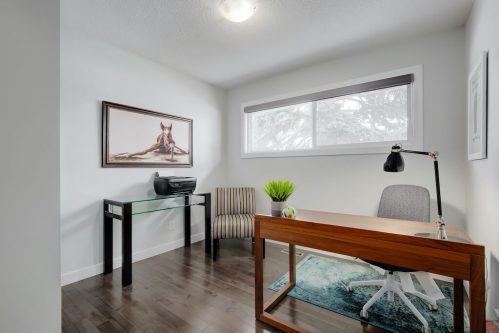 bedroom-3828-41-Avenue-SW-Glenbrook-Glamorgan-Calgary-Inner-City-Bungalow-For-Sale-Plintz-Real-Estate-Basement-Suite-Renovated