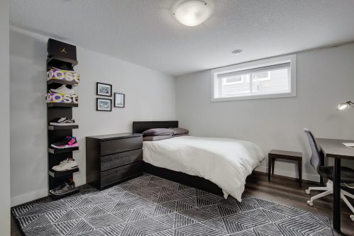 bedroom-basement-3828-41-Avenue-SW-Glenbrook-Glamorgan-Calgary-Inner-City-Bungalow-For-Sale-Plintz-Real-Estate-Basement-Suite-Renovated