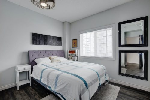 guest-bedroom-503-820-15-Avenue-SW-Calgary-Condo-Newbury-Beltline-Mount-Royal-Penthouse-For-Sale-Plintz-Real-Estate