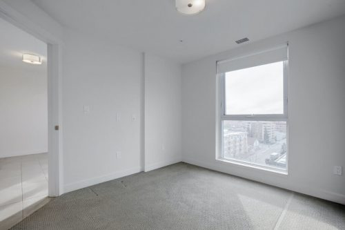 bedroom-1007-303-13-Avenue-SW-The-Park-Condo-Calgary-For-Sale-Pintz-Real-Estate-Dennis-Realtor