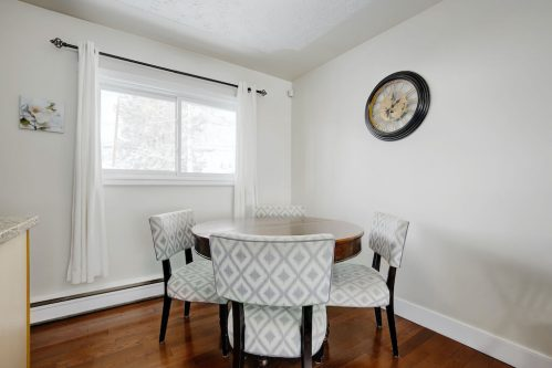 dining-room-1320-87-Avenue-SW-Haysboro-Bungalow-For-Sale-Plintz-Real-Estate-Calgary-Realtor