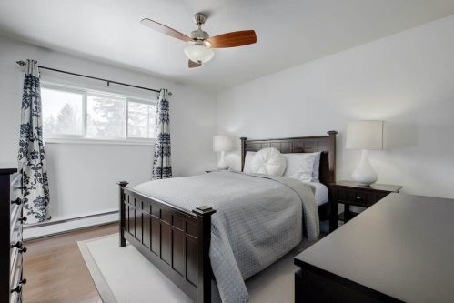 Master-bedroom-1320-87-Avenue-SW-Haysboro-Bungalow-For-Sale-Plintz-Real-Estate-Calgary-Realtor