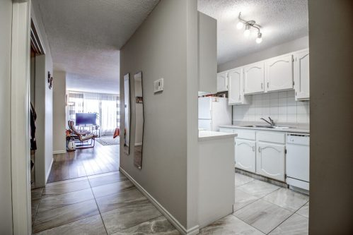 Entrance-205-611-67-Avenue-SW-Kings-Point-Condo-For-Sale-Plintz-Real-Estate-Kingsland-Calgary-Realtor
