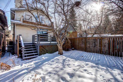 winter-backyard-fence-2503-16-Street-SW-Bankview-Calgary-Real-Estate-Homes-For-Sale-Plintz-Realtor-Dennis-Inner-City