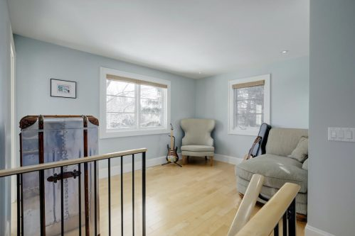 loft-sitting-room-hardwood-floor-3119-Kilkenny-Drive-SW-Killarney-Calgary-Real-Estate-Homes-For-Sale-Plintz-Realtor-Dennis
