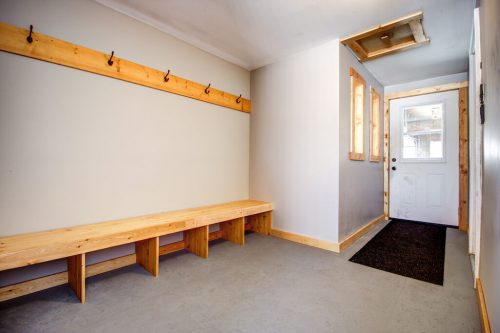 mudroom-hooks-timber-house-107-Signal-Hill-Point-SW-Home-For-Sale-Plintz-Real-Estate-Walkout-Basement-Realtor-Dennis