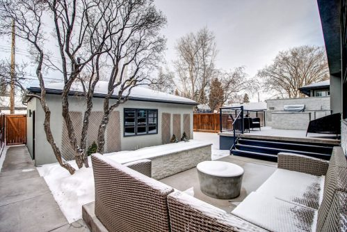 t-backyard-winter-moderure-3819-12-Street-SW-Elbow-Park-Luxury-Real-Estate-Home-For-Sale-Calgary-Plintz-Realtorn-architect