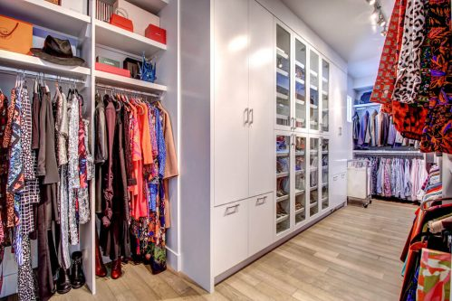 alkin-closet-dressing-room-3819-12-Street-SW-Elbow-Park-Luxury-Real-Estate-Home-For-Sale-Calgary-Plintz-Realtor
