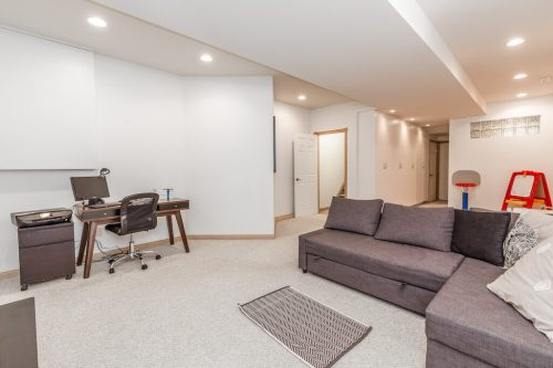 family-room-baement-47-28-Avenue-SW-Erlton-Calgary-Home-For-Sale-Plintz-Real-Estate-House-realtor-realty