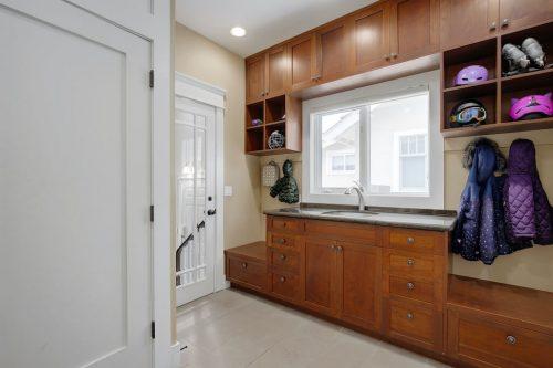 mudroom-build-ins-818-Rideau-Road-SW-Calgary-Real-Estate-For-Sale-Luxury-Home-Plintz-Realtor-Realty