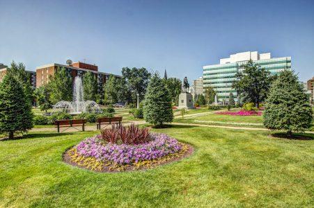 Central-Memorial-Flowers-Sheldon-Cumir-Park-Point-Calgary-Beltline-Condo-310-12-Avenue-SW-Luxury-Plintz-Real-Estate